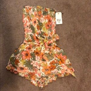 Floral Billabong Romper Size Small